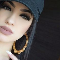 eye makeup give you a headache makeup inspo makeup style makeup maroon makeup cleanser makeup style makeup with green dress makeup and hairstyle Flawless Makeup, Gorgeous Makeup, Pretty Makeup, Love Makeup, Makeup Inspo, Makeup Inspiration, All Things Beauty, Beauty Make Up, Hair Beauty