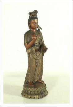 Buddha . Antiquariato su Arsantik