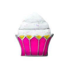 """Houd jij ook van een lekkere Cupcake? met deze """"Cupcake charm"""" maak je jouw Alexander Jacobs locket compleet..."""