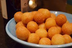 Ostbollar! | Älska att Baka Pretzel Bites, Lchf, Tapas, Side Dishes, Dip, Brunch, Food And Drink, Veggies, Appetizers