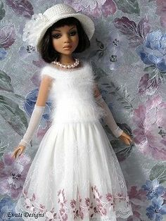 Evati OOAK Outfit for Ellowyne Wilde Amber Lizette Tonner 4   eBay. Ends 2/23/14. Sold for $86.07.