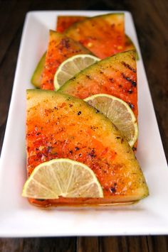 "Chile-Lime Grilled Watermelon - ""Add the tangy flavor of a lime, and the spicy flavor of a hot chile, to sweet, juicy watermelon."" (watermelon, cup serving (not very much!) has net carbs) / Cooking On The Weekends Grilled Watermelon, Grilled Fruit, Watermelon Pizza, Meat Fruit, Grilled Vegetables, Grilled Meat, Fruit Recipes, Summer Recipes, Healthy Recipes"