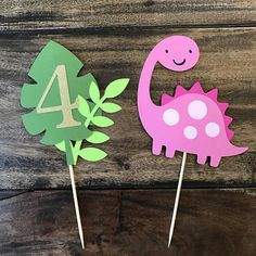 Dinosaur Cake Topper- smash cake, first birthday - Shopkins Party Ideas Smash Cake First Birthday, 2 Birthday, 2nd Birthday Party Themes, Birthday Party Centerpieces, Birthday Ideas, Dinasour Birthday, Girl Dinosaur Birthday, Dinosaur Party, Dinosaur Cake Toppers