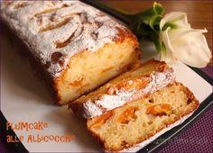 Plumcake alla ricotta e albicocche
