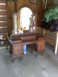 1000 Images About Antique Vanity On Pinterest Antique