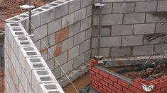 Some nice tips to level & plumb a brick corner