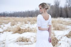 Bridal portrait and lace | Ellie Asher Photography