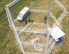 The world\u2019s largest Delta 3D printer can print nearly zero-cost housing out of mud