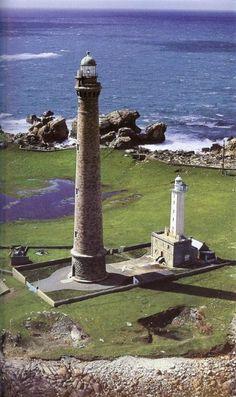 Le phare de l'île Vierge. Je suis montée tout là-haut. Beaucoup de marches.