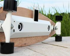 Charge your phone and listen to music with your longboard | Chargeboard