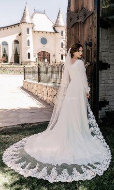 Long Veils Bridal, Bridal Lace, Bridal Gowns, Wedding Lace, Dream Wedding, Royal Wedding Gowns, Wedding Scene, Wedding Jewelry, Catholic Wedding Dresses