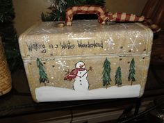Primitive Christmas Decorating, Primitive Crafts, Christmas Snowman, Rustic Christmas, Christmas Ornaments, Merry Christmas, Christmas Bazaar Crafts, Holiday Crafts, Fun Crafts