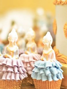 Truly Marie Antoinette Cupcakes
