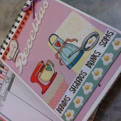 Caderno de receitas R$ 70,00 + frete. Capa personalizada e páginas pautadas com espaço para nome da receita, ingredientes, modo de preparo, tempo de duração e nota.