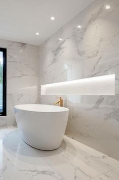 Marble Bathrooms Carrara Bathrooms White Marble Bathroom Ideas Freestanding Marble Bath Large Shower Niche Source by ontheballbathrooms Bathroom Layout, Small Bathroom, Bathroom Ideas, Bathroom Organization, Bathroom Tubs, Marbel Bathroom, Small Bathtub, Bathtub Ideas, Concrete Bathroom