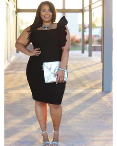 +Fashion Blogger || Stylist || Content Creator ||+Model || AZ Business or Collabs: curvesonabudget@gmail.com