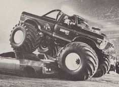 BIGFOOT I #MonsterTrucks