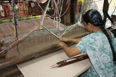 She was weaving the finest of cotton in that loom. #handwoven #table #linen