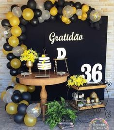 Decor linda. ♥💛 By @decorareamarfestas -  GRATIDÃO é a palavra que me define diante dessa minha linda profissão e dom que Deus me deu! Mas hoje também foi o tema escolhido pela cliente para comemorar e agradecer por seus 36 aninhos de VIDA! . #gratidao #festagratidao #festalinda  #festaadulto #temadefestalindo #party #instaparty #partyideias #decoradorasrj #festejar #festaemcasa #minitable #festapocket  #festas #festasinfantis #festasrj #festaslindas #gentegrandefesteja  #festadegentegrande… Graduation Party Planning, Graduation Party Decor, Grad Parties, 50th Birthday Party, Birthday Party Decorations, Birthday Celebration, Wedding Decorations, 35e Anniversaire, Balloons Galore