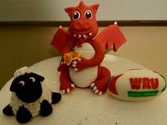 Welsh dragon topper set