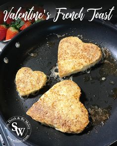 Start Valentine's Day off which a delicious heart shaped French Toast breakfast with sweet strawberry compote. Enjoy my Valentine's Day French Toast recipe. Summer Fruit, Summer Food, Compote Recipe, Main Meals, Summer Recipes, I Foods, Love Food, Victorious