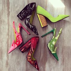 Resort 2015 shoes! pic.twitter.com/i7mvJmouiW Shoes Pic, Me Too Shoes, Shoes 2015, Resort 2015, 2015 Trends, All About Shoes, Bridal Salon, Killer Heels, Christian Siriano