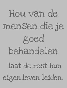 Zapato Tutorial and Ideas True Quotes, Funny Quotes, When Life Gets Hard, Dutch Quotes, Sweet Words, Funny Cards, Good Advice, Tutorial, Inspirational Quotes