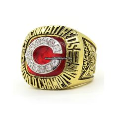 1990 Cincinnati Reds World Series Championship Ring. Best gift from www.championshipringclub.com for Cincinnati Reds fans. Custom your own personalized championship ring now.