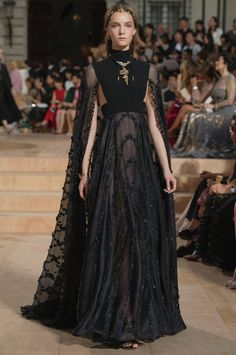 Valentino Fall/Winter 2015-2016 Fashion Show