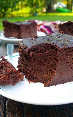 brownie z czerwieni czerwieni Easy Cake Recipes, Sweets Recipes, Snack Recipes, Cooking Recipes, Snacks, Healthy Cake, Healthy Sweets, Good Food, Yummy Food