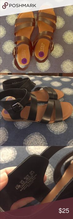 LEATHER Franco Sarto Gladiator Sandals 8.5 EUC Mint condition gorgeous sandals that are a bit too long in the toe for me. Very flattering and genuine leather. Practically new and extra clean! Price is firm. Franco Sarto Shoes Sandals
