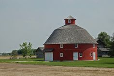 Indiana, Tipton County, Spurgeon Round Barn (Relocated) and I were married here Local Builders, Barns Sheds, Old Barns, Stables, Indiana, Water Wheels, Cabin, House Styles, Farms