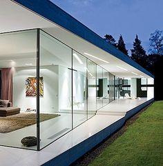 impresionante cristalera que evita las barreras arquitectonicas