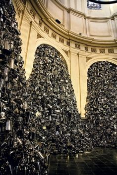 "Subodh Gupta, ""God Hungry"" The installation, made of Indian kitchen… Photomontage, Art Actuel, Modern Art, Contemporary Art, Instalation Art, Artistic Installation, Expositions, Art Plastique, Light Art"