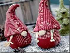 Inspiration: christmas elves. These little guys are so darn cute I would change their material and make them for all year round as well.  Maybe large enough to fill with sand and use as door stops.