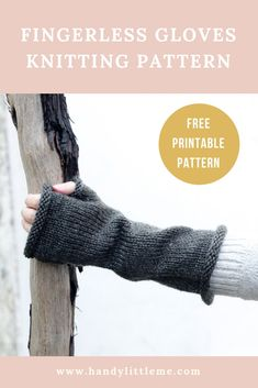 These fingerless gloves inspired by Brianna from Outlander are available as a free printable pattern. Get your copy and get knitting today!