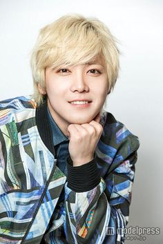 Image result for Lee Hong Ki, a Chinese actor blonde jacket