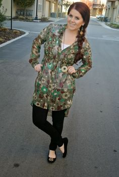 Camo Flowers, tunic and skinny jeans
