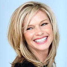 Medium length Hair Styles For Women Over 40 | Hairstyles For 40 Plus Women - Haircuts For 40 Plus Women | Best ...