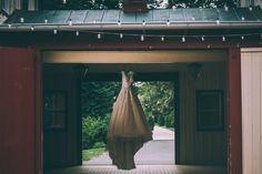 Nat knows how to immortalize a dress! Morven Park Coach House. Photo credit: Nat Wongsaroj