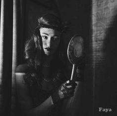 Film-Noir-Fashion---Faya Classic Film Noir, Classic Films, Kiss Me Deadly, Double Indemnity, Blue Dahlia, Veronica Lake, Band Photography, Barbara Stanwyck, Lauren Bacall