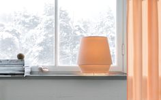 El estudio con sede en Estocolmo, Note Design Studio, diseñó una serie de lámparas para la marca Zero, inspirándose en la gama de colores que se llegan a observar en las montañas escandinavas. Cuando iniciaron el proceso de desarrollo de esta colección se dieron cuenta casi inmediatamente de la relación de la luz y la…