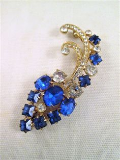 Blue Rhinestone Brooch Joseph Wiesner Prong Set Clear Crystals