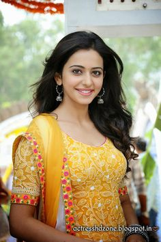 Hot and sexy tollywood and Bollywood movies actress rakul preet singh very cute beautiful photos and unseen seducing wallpapers with navel s. Beautiful Girl Indian, Most Beautiful Indian Actress, Beautiful Girl Image, Beautiful Gorgeous, Gorgeous Women, Beautiful People, Beautiful Bollywood Actress, Beautiful Actresses, Rakul Preet Singh Saree