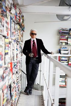 Iconic fashion designer Karl Lagerfeld does things differently than the rest of us–even with something as ordinary as a bookshelf. The creative direc
