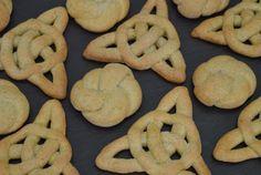 The Great British Bake Off Pauls Jumbles Technical Challenge The Great British Bake Off Uk Recipes, Irish Recipes, Food Network Recipes, Baking Recipes, English Recipes, French Recipes, Baking Ideas, Sweet Recipes, Cookies