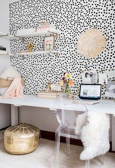 13 Kate Spade New York-inspired ideas for office decorations for HBIC , – Chic Home Office Design Home Office Design, Home Office Decor, Home Decor, Office Decorations, Home Office Inspiration, Office Ideas, Home Living, My New Room, Bedroom Decor