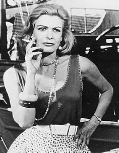 """1960 - Place 1 - Melina Mercouri in """"Never on Sunday"""" Classic Actresses, Actors & Actresses, Never On Sunday, Greek Icons, Crazy Girls, Pretty Girls, Carrie Fisher, Amy Winehouse, Sophia Loren"""