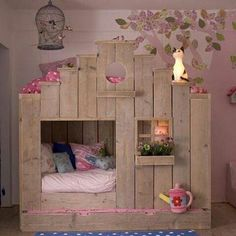 The cool and elegant pallet loft/bunk beds are making a statement for any home as it is a place of attraction. These astonishing ideas for pallets have great styles and it is a safer method for persons as sleeping on the top of bed. Some bunk beds ha Fairytale Bedroom, Fantasy Bedroom, Deco Kids, Kids Bunk Beds, Cool Toddler Beds, Childrens Beds, Little Girl Rooms, Cool Beds, Awesome Beds