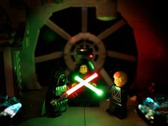 A look at the Lego Star Wars minifigures from Lego Minifigs, Star Wars Minifigures, Star Wars Art, Lego Star Wars, Legos, Amazing Spider Man Comic, Star Wars Stickers, Amazing Lego Creations, Lego Pictures